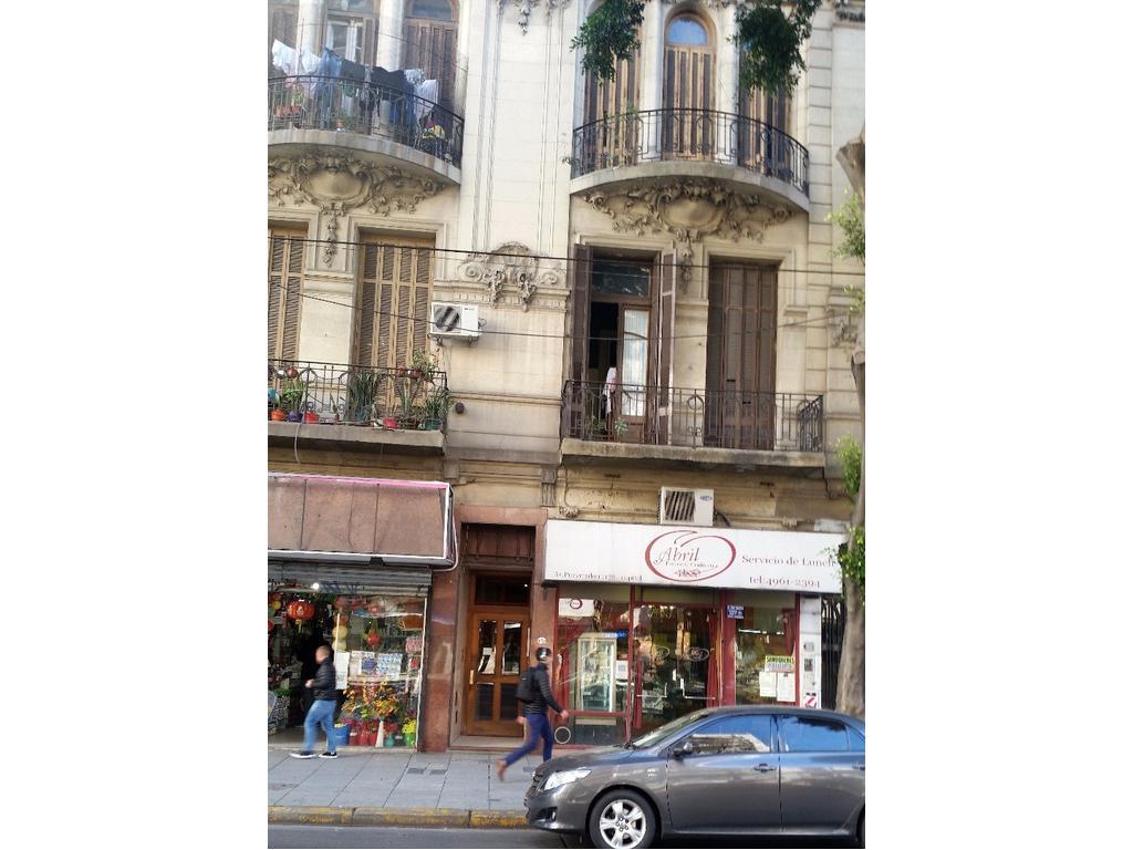 2 PH duplex 50 m2 C/U Pueyrredón 1100 Barrio Norte 120 m2  U$S 210.000 con renta
