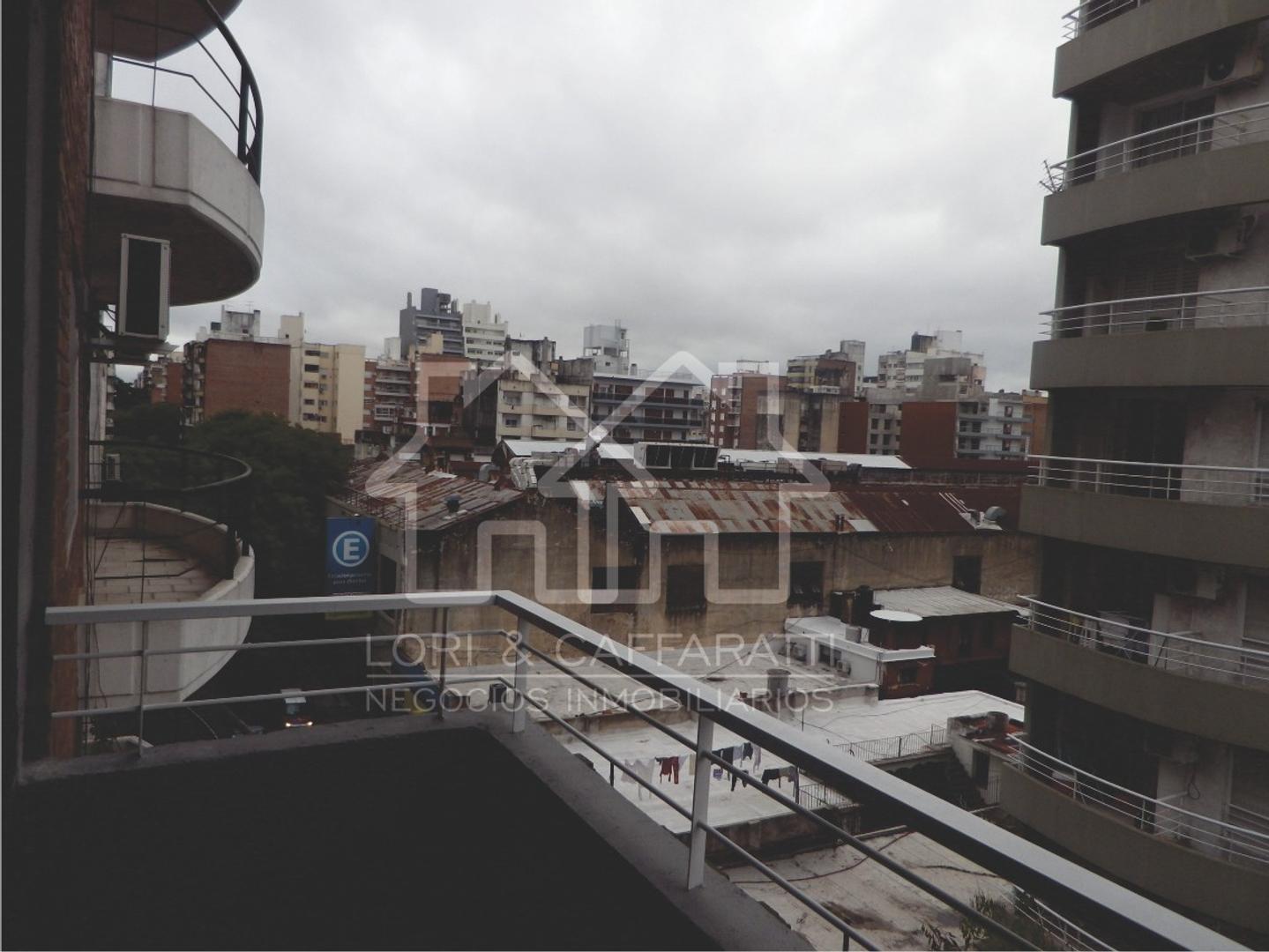 Renta inmediata. Departamento en el centro de Rosario