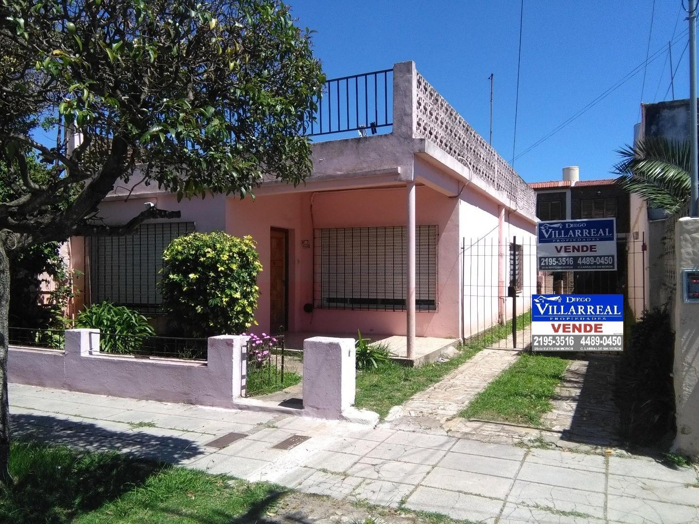 dpto tipo casa 1 piso 4 amb  (CODIGO A034)