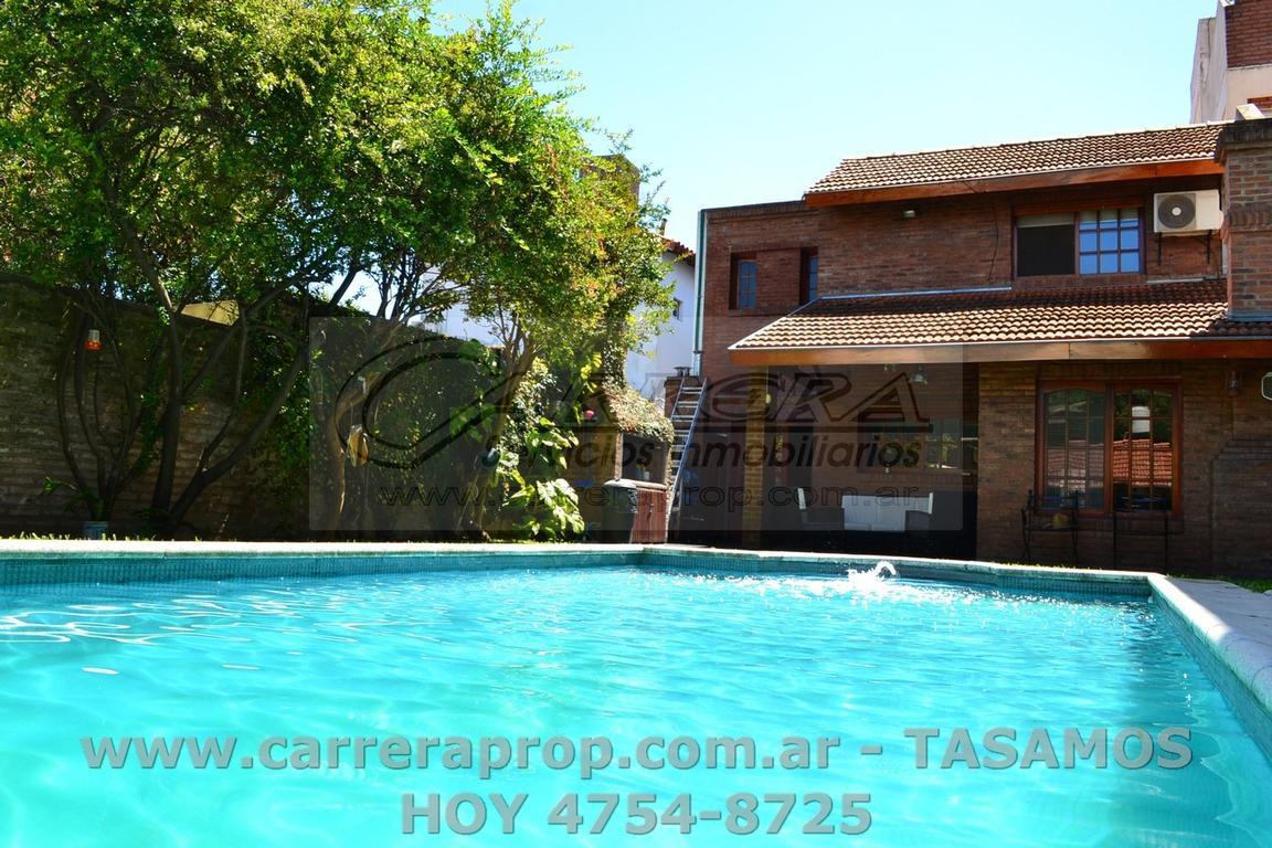 VENTA casa 4 amb en San Andres *463m2 de lote y 280m2 cub* www.carreraprop.com.ar  -