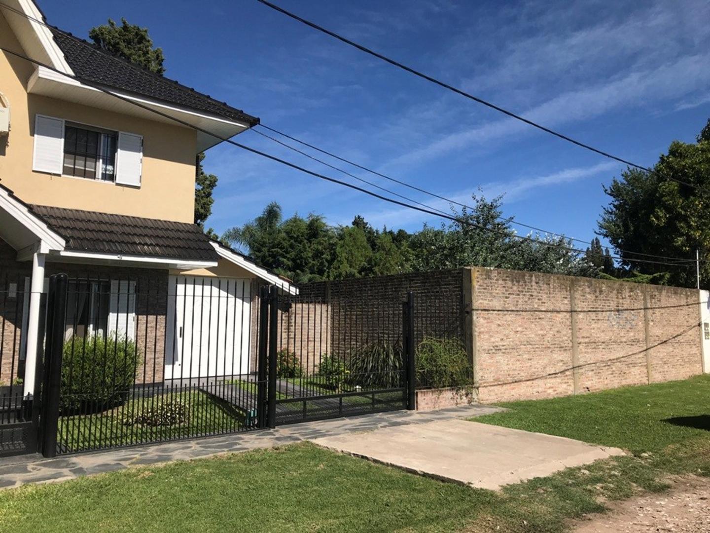 Casa en Venta - 5 ambientes - USD 260.000