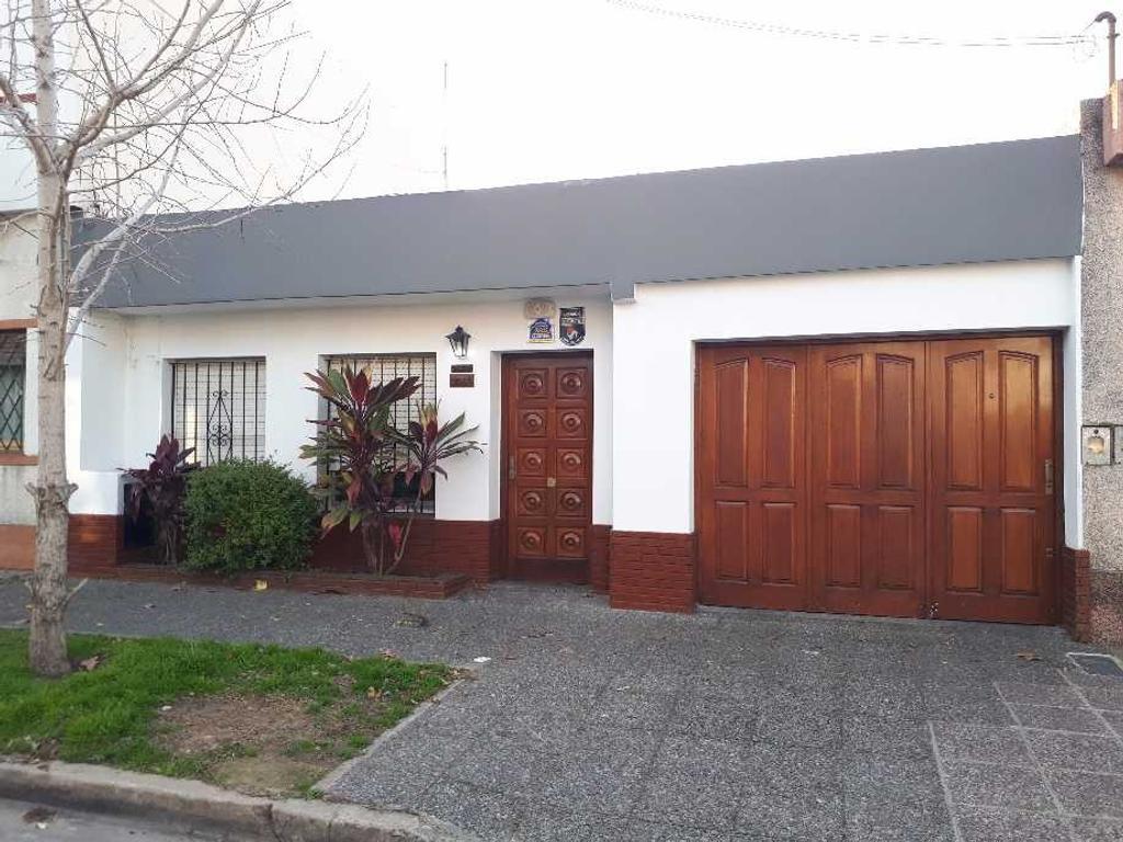 Casa en Venta 4 Ambientes en Quilmes Oeste Apto Credito