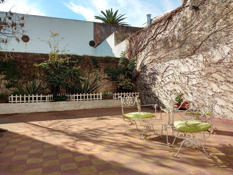 Luminoso y silencioso 3 amb con dependencia con gran patio de 95 m2 -PALERMO HOLLYWOOD-