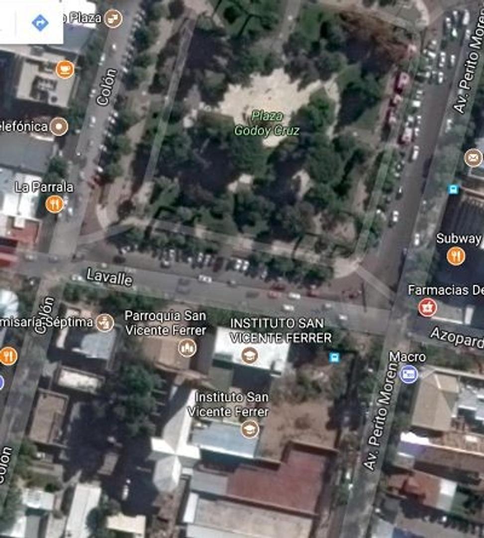 terreno unico plaza de Godoy Cruz