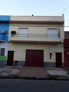 Casa 3 amb, con local, jardin, quincho y terraza