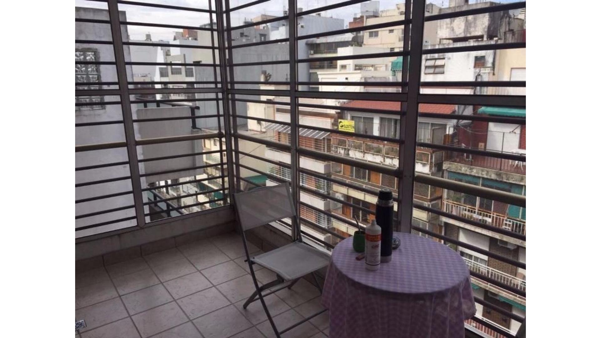 Excelente 4 amb. c/ cochera cubierta  -  3 dormitorios  -  3 baños - terraza propia c/ quincho