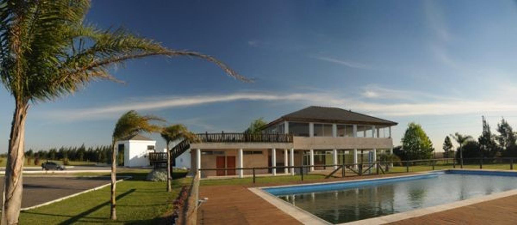 Vendo lote 840m2 lugar privilegiado en barrio cerrado Malibú