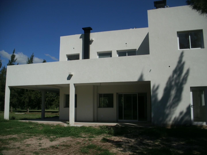 Casa a estrenar en Club de Campo Miralagos, llamar a Ramirez Propiedades. (0******** - Foto 4