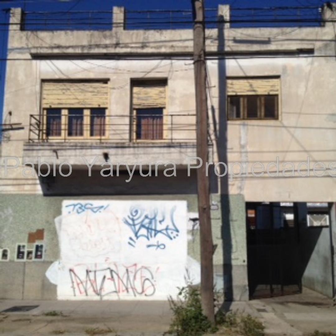 Casa - Venta - Argentina, Tres de Febrero - CAFFERATA A 5842