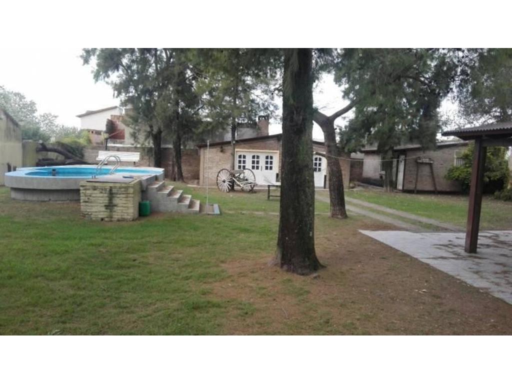 Casa doble en Funes con posibilidad de venta conjunta y por separado