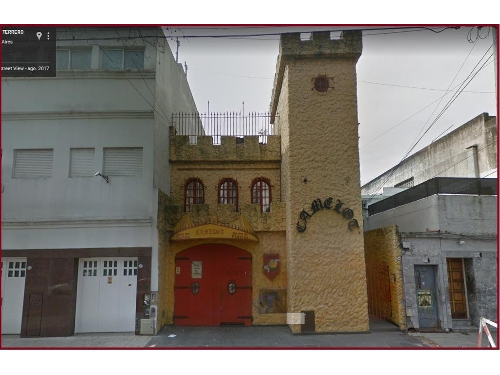 HERMOSO PISO ÚNICO 280 MTS..AMPLIOS AMBIENTES.COCINA COMEDOR.TERRAZA/LAVADERO
