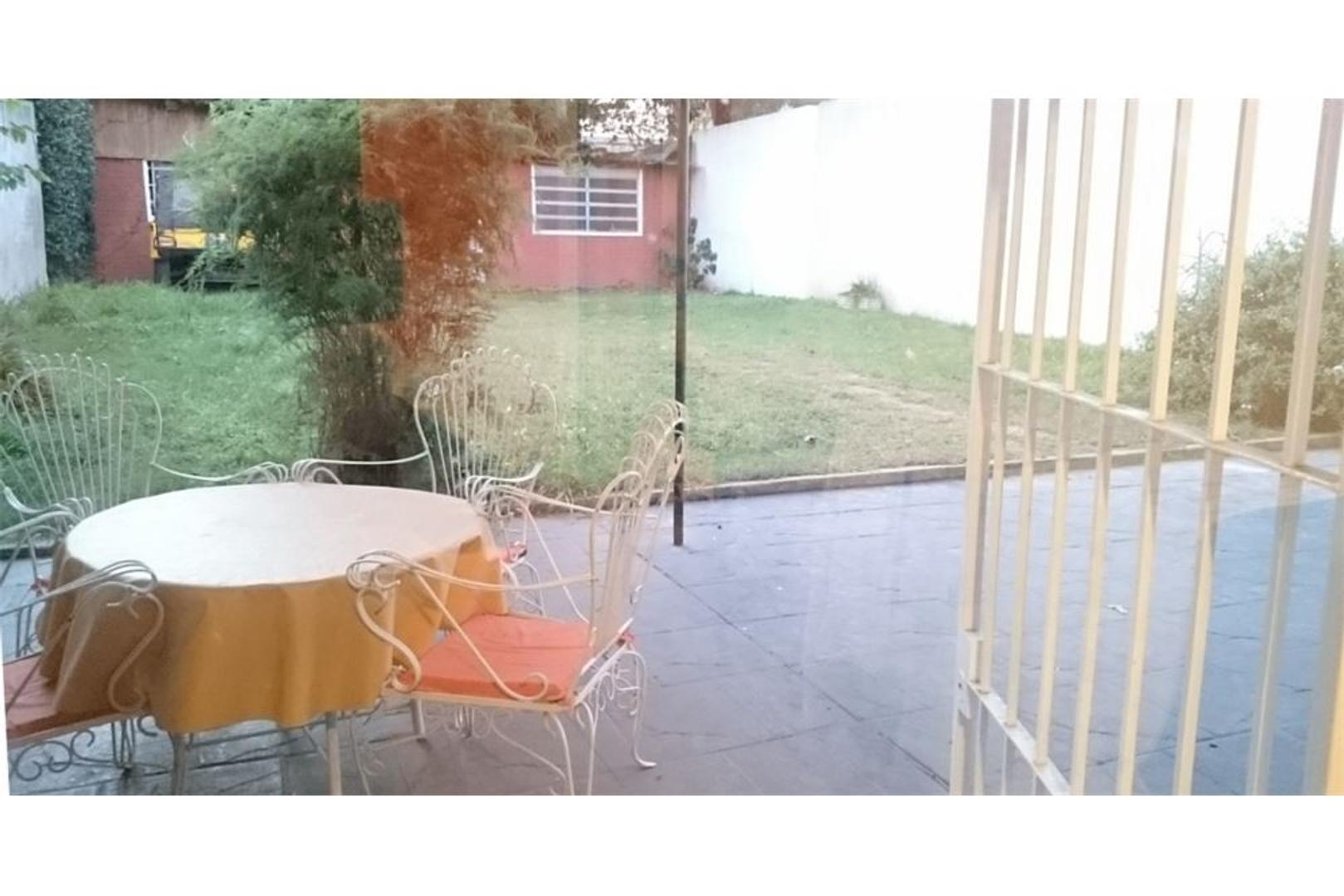 CASA EXC UBIC.LOTE PPIO.418 M2./2/COCHERAS/PARQUE
