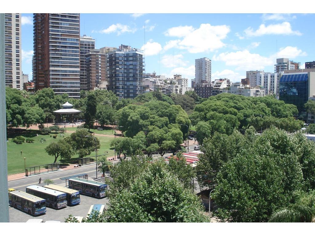3 amb. todo externo, lleno de luz y sol, baño coc lav Barrancas de Belgrano, est FF.CC.