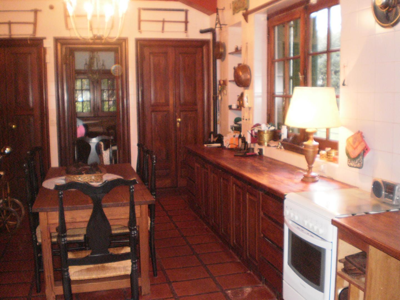 Casa en Olivos Vias/Maipu con 4 habitaciones
