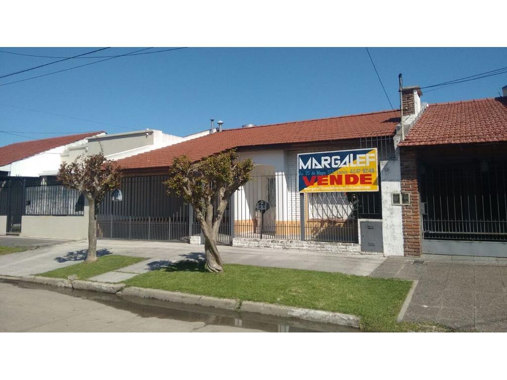 Chalet de 3 amb con Quincho en zona residencial sobre lote de 275m2, Consulte sin compromiso!