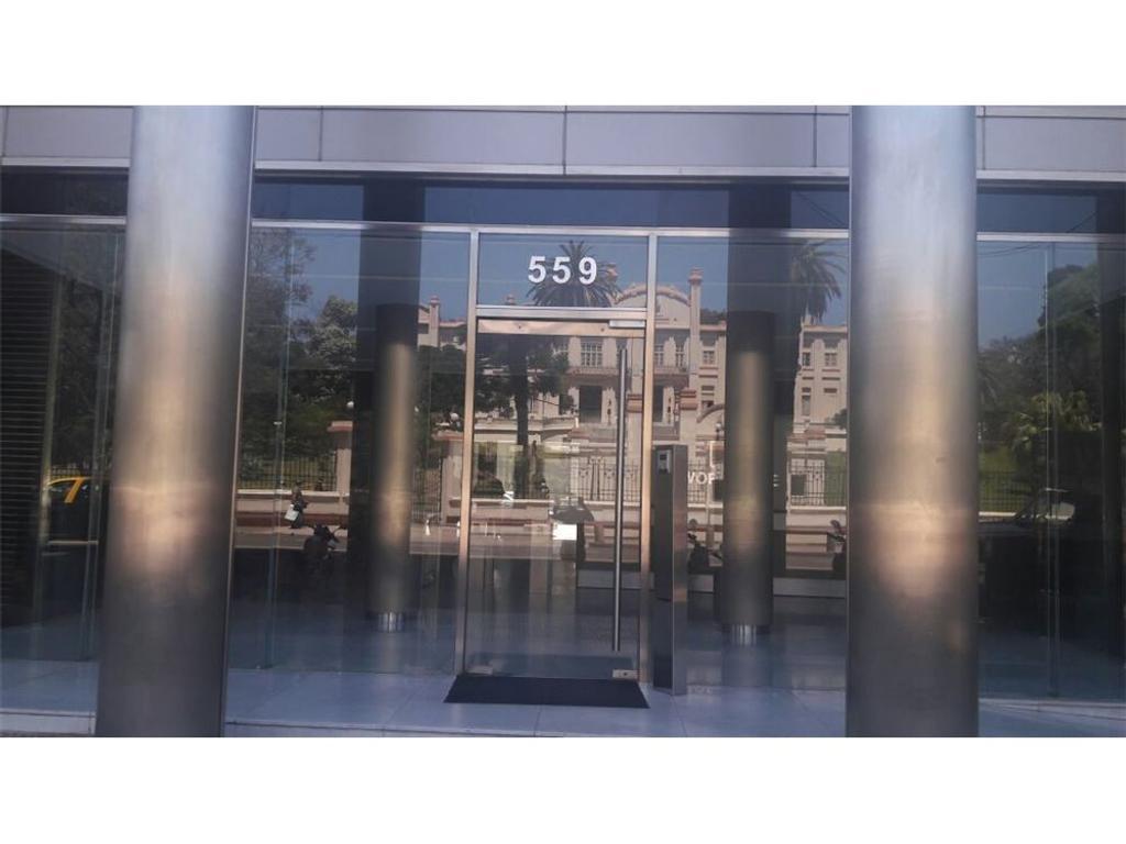 Oportunidad! Oficina 40 m² seg 24hs edificio 2años