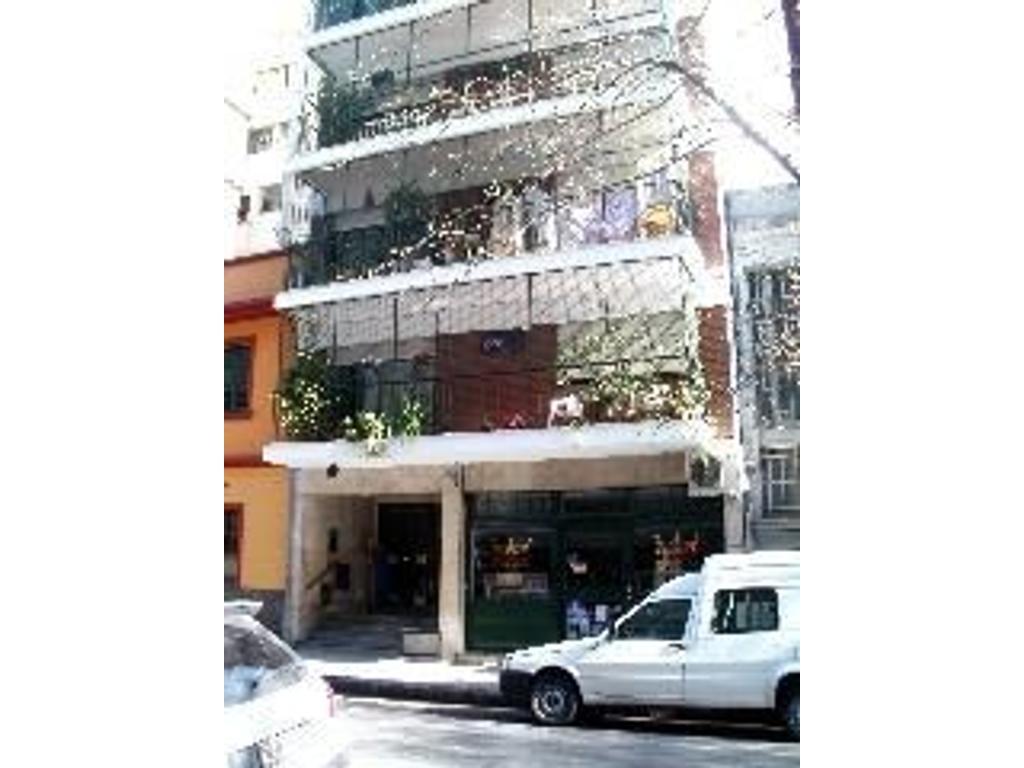 Cómodo y  amplio 3 ambientes zona Cabildo y Juramento