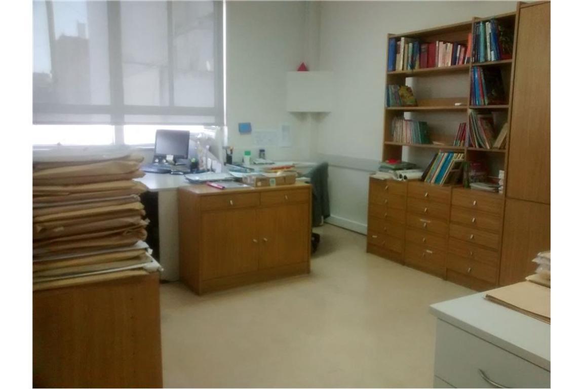 Oficina en semipiso de 150m2 Piso 6
