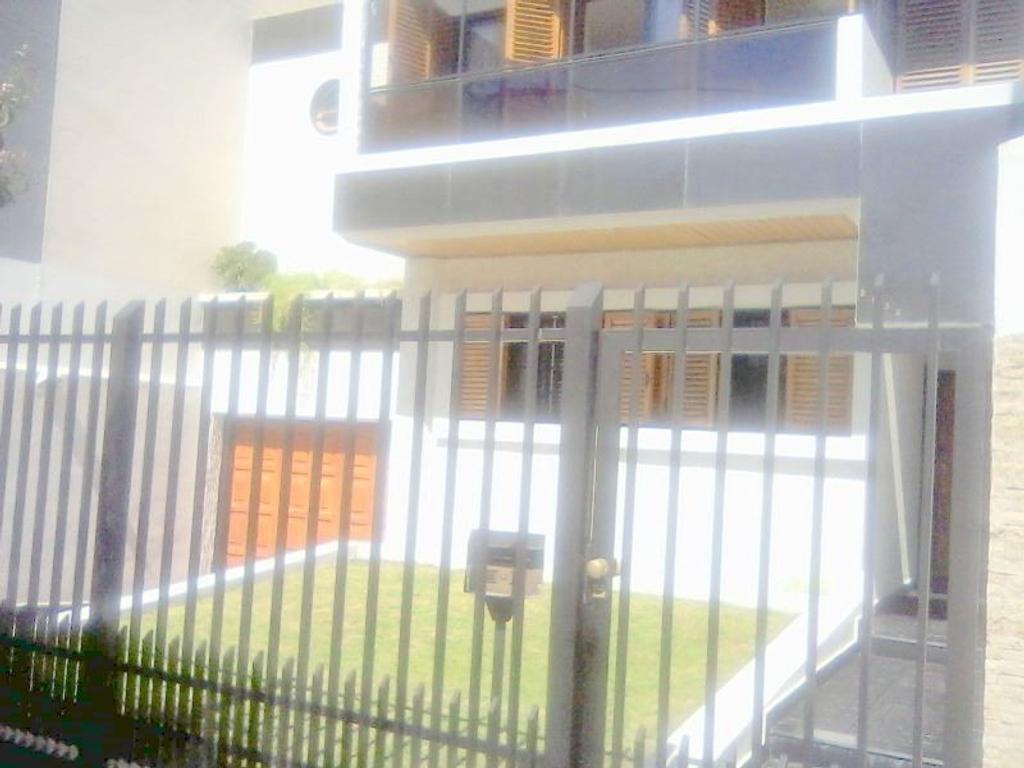 Regio terreno en venta. Villa Urquiza, Foullier y Cereti, 8.66 x 28. zonificación E 2 fot 3. (720m2)