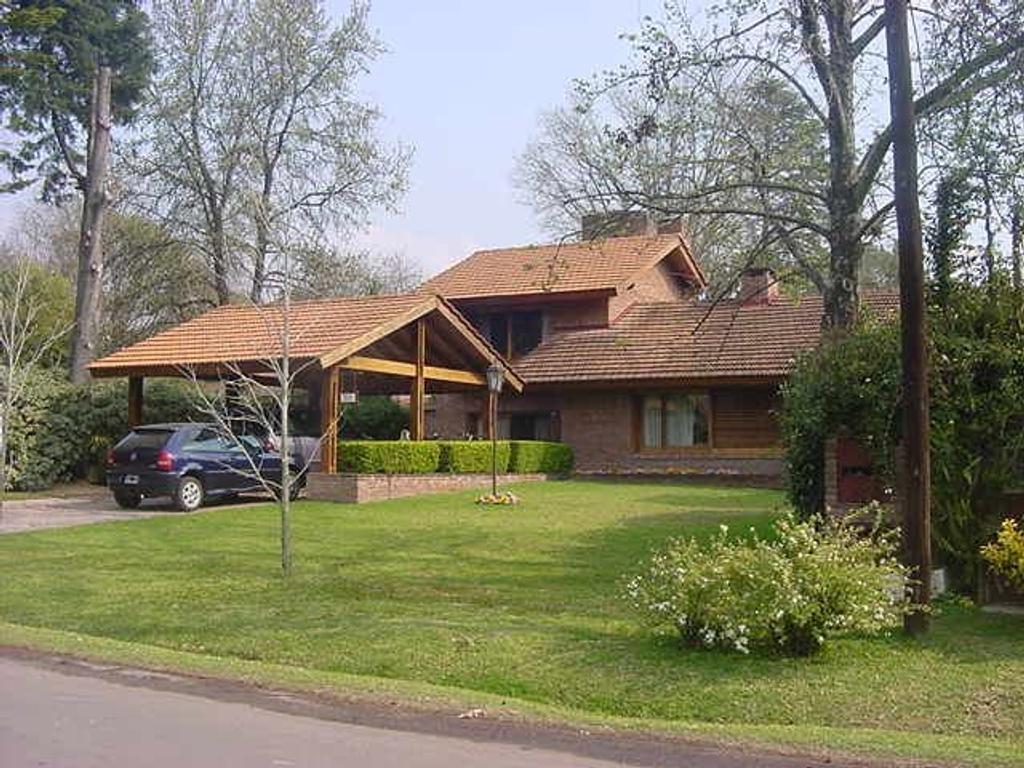 Casa  en Venta ubicado en Highland Park CC, Pilar y Alrededores - PIL0705_LP1714_1