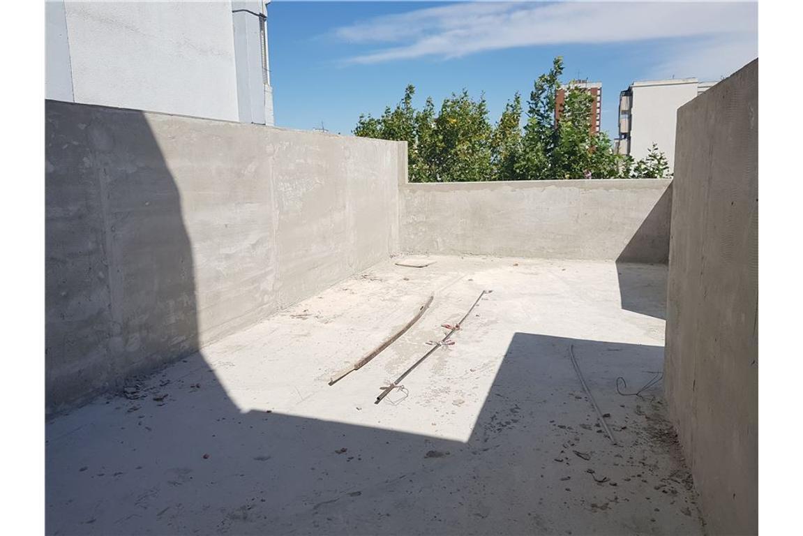 *RETASADO* DEPTO 72m2 totales con terraza propia