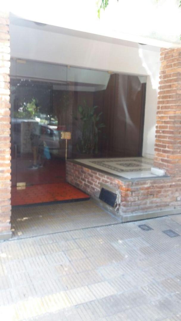 Departamento Alquiler - 1 amb - MARTINEZ CENTRO, 1 CUADRA ALVEAR Y SANTA FE