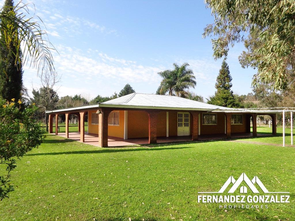Casa quinta de 12.000 M2 en paraje La Capilla. A 100 Mts. de Ruta 53. F. Varela