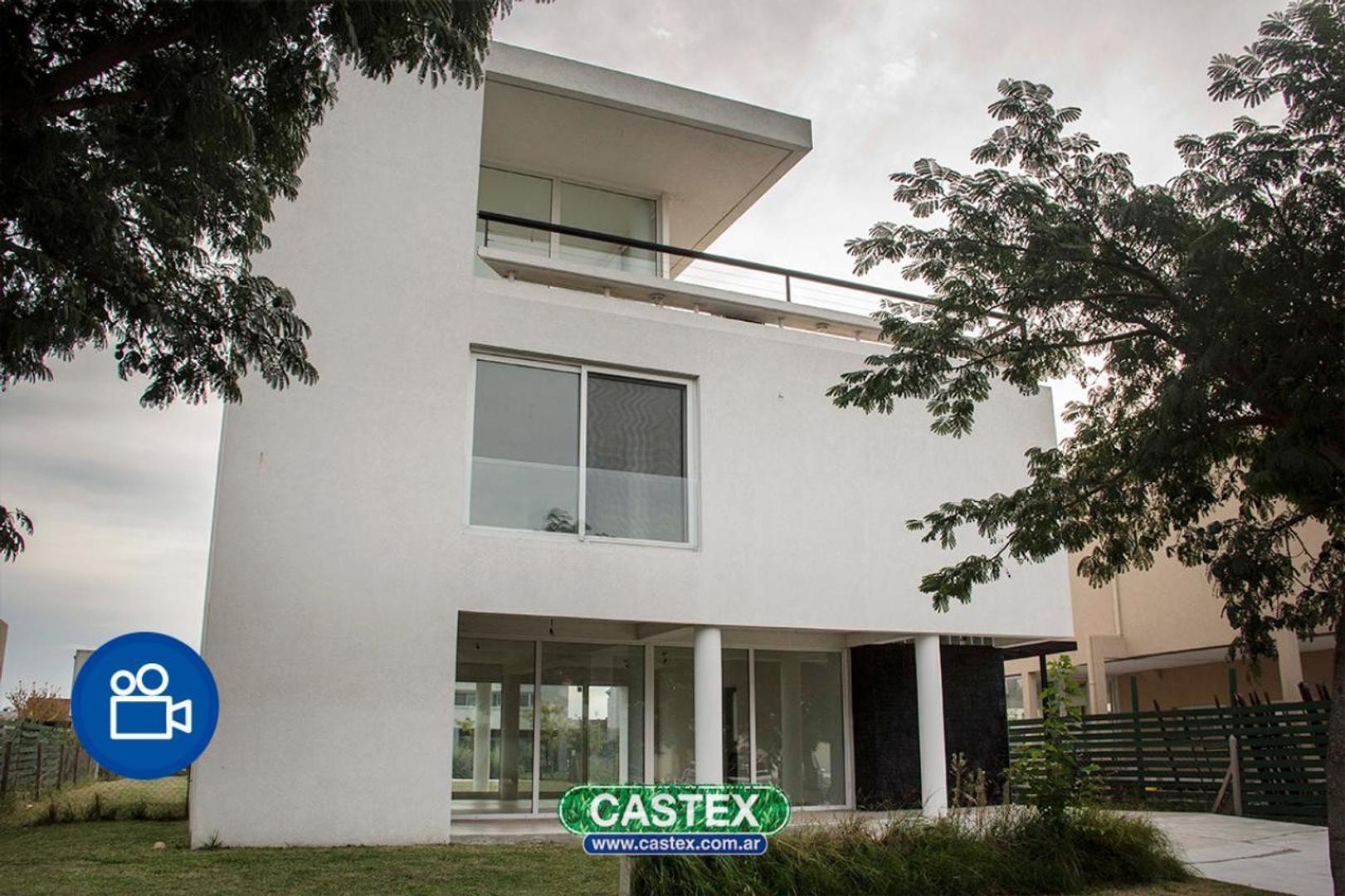 Muy buena casa en Los Lagos