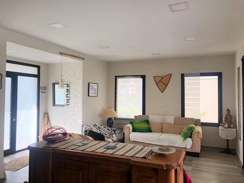 Excelente Propiedad en Manzanares Chico - Pilar  - 4 ambientes con cochera