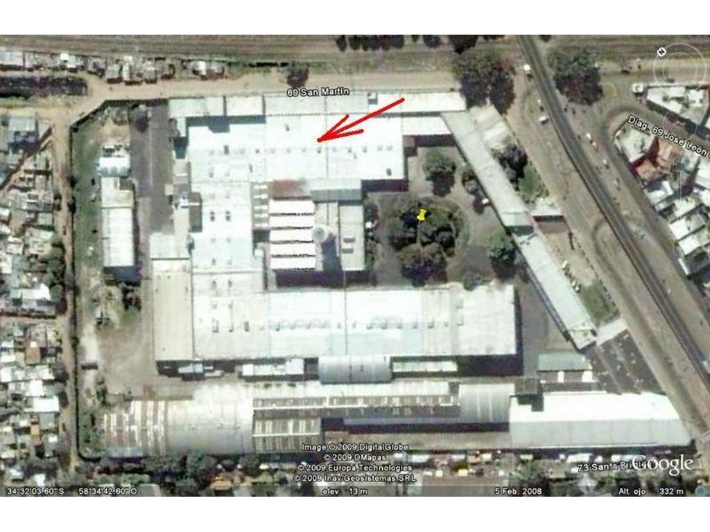 Nave Industrial de 702 m2 cubiertos dentro de Parque Industrial