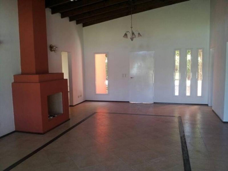 Venta de Casa en Barrio Buen Retiro - Pilar