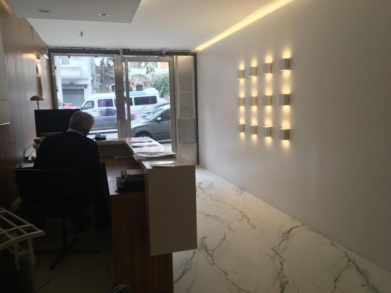 PISO DE OFICINA 183 m2