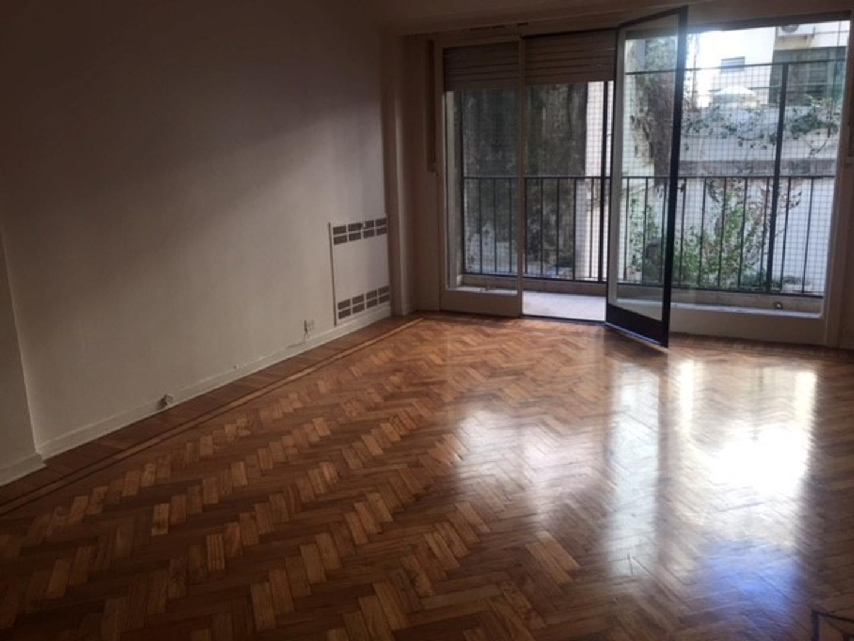 Scalabrini Ortiz 2800   2 dormitorios  , escritorio y baulera. 90 mts totales