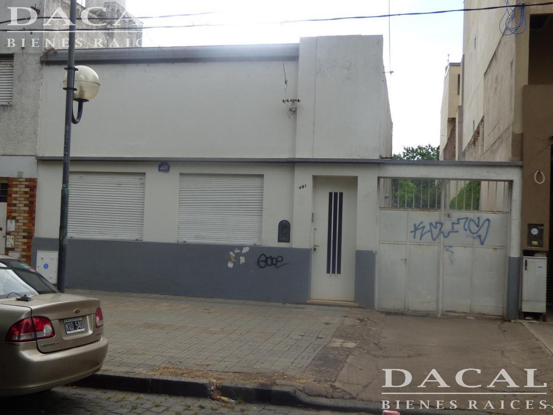 Terreno en venta en La Plata calle 65 e/ 4 y 5  Dacal Bienes Raices