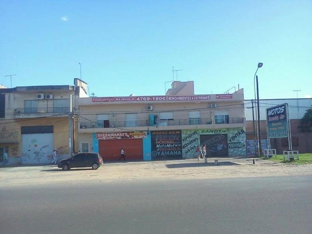 Departamento En Alquiler En Av E Peron 9560 Loma Hermosa