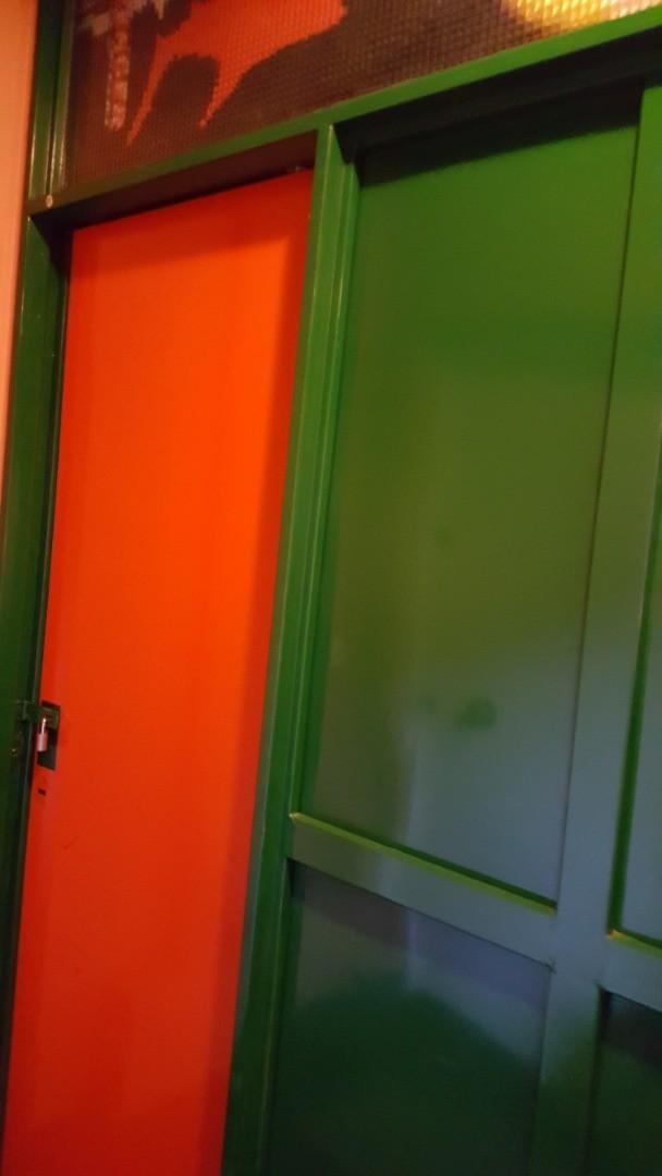 Vendo departamento tipo casa, 3 ambientes, jardín, cochera, patio y baulera. - Foto 25