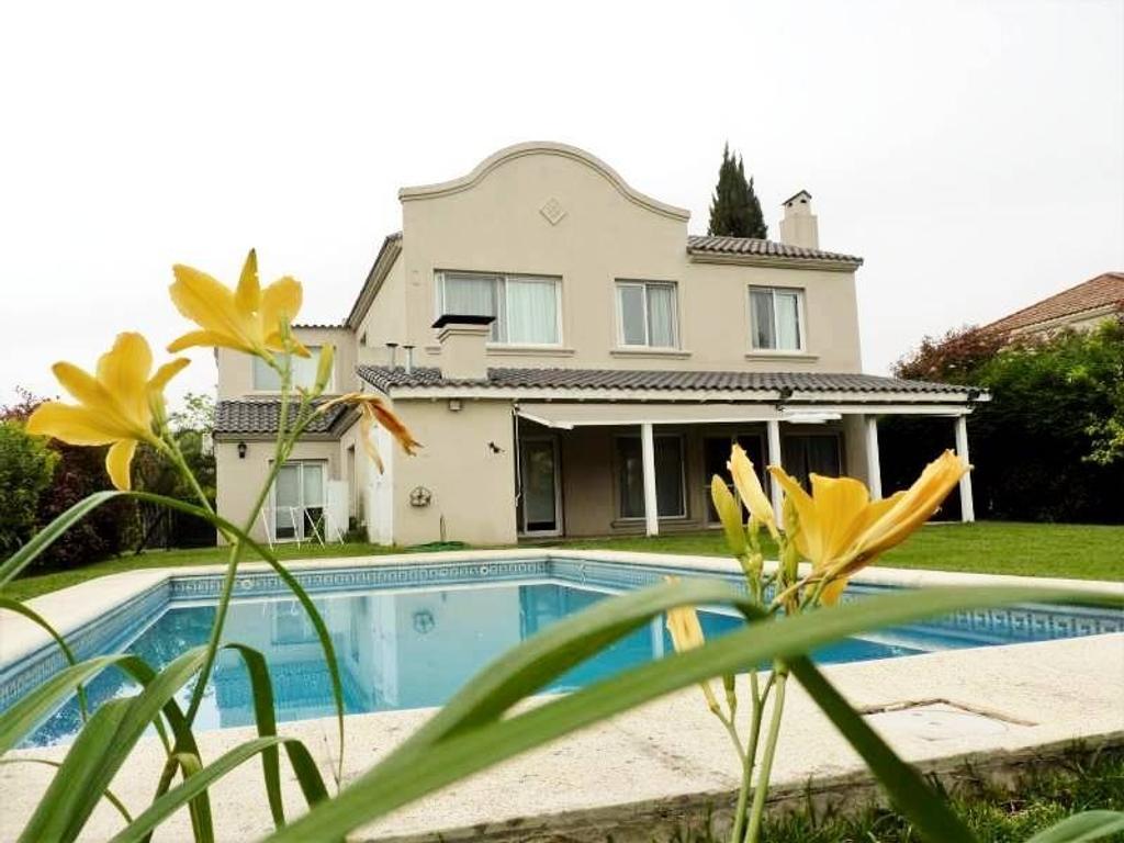 Casa en alquiler en La Lomada - Alquiler Anual