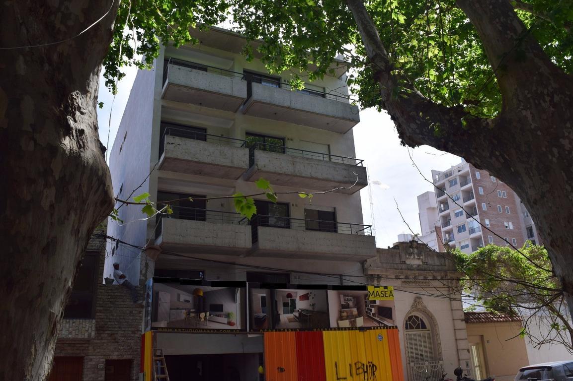 Departamento 1 dormitorio, contrafrente, 34,5 m2 cubiertos más balcón 5,5 m2