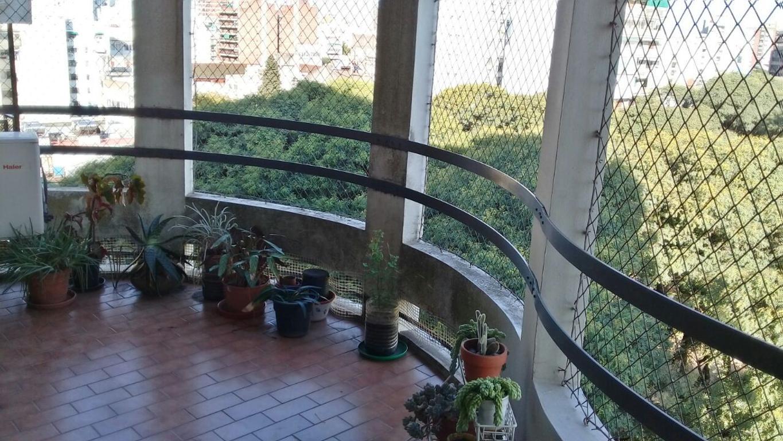 Depto 3 ambientes con Balcón aterrazado en Flores