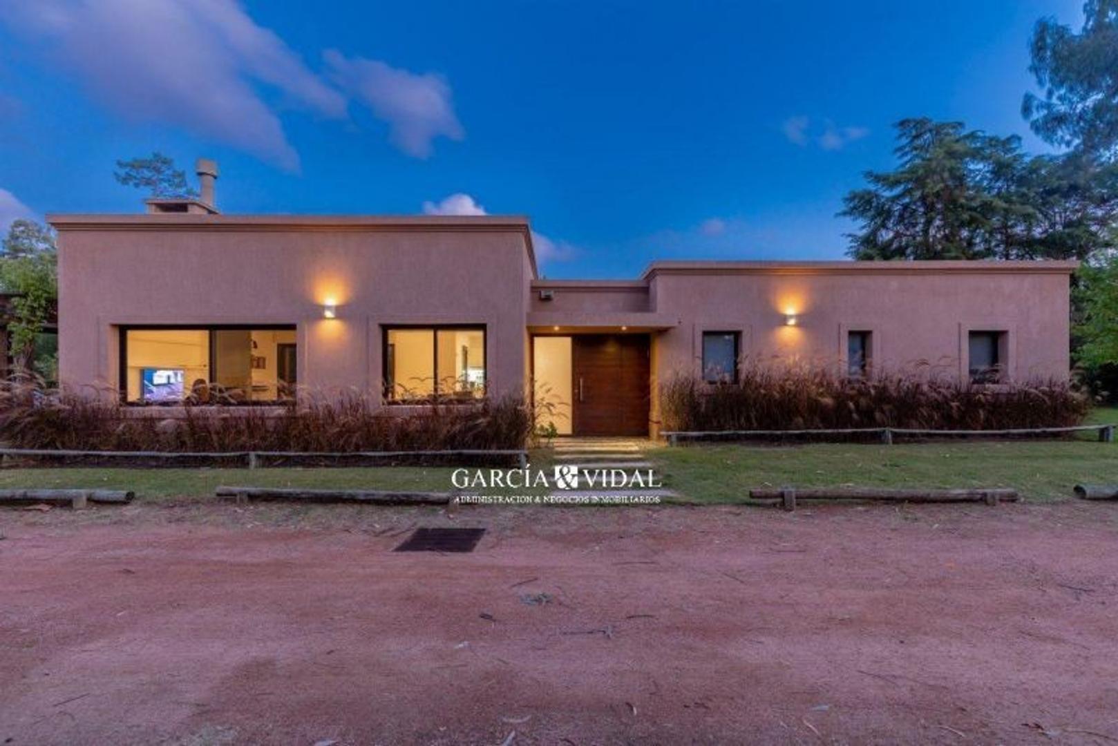 Casa en Venta en Pinares - 3 ambientes