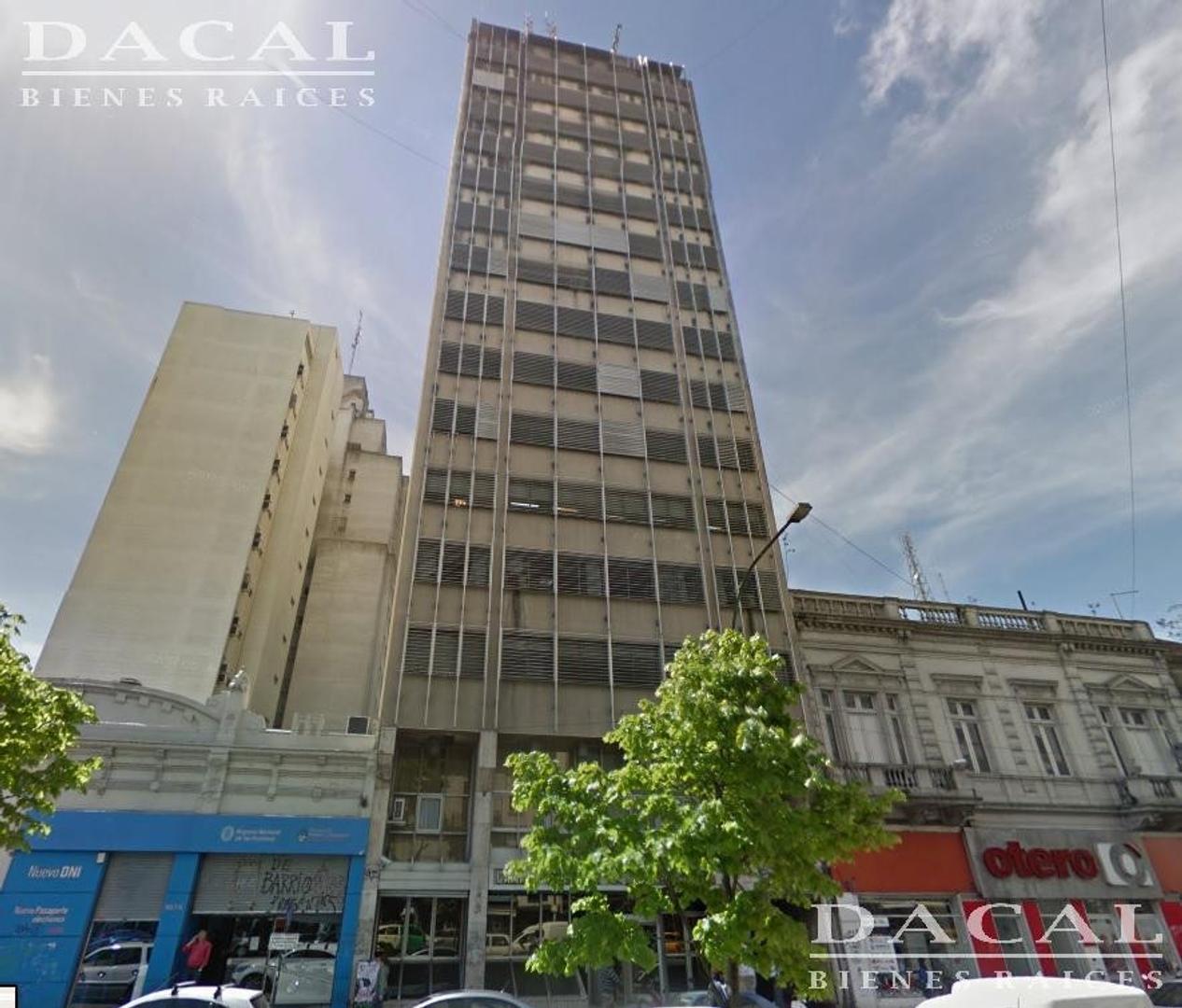 Oficina en Venta en La Plata - 14 ambientes