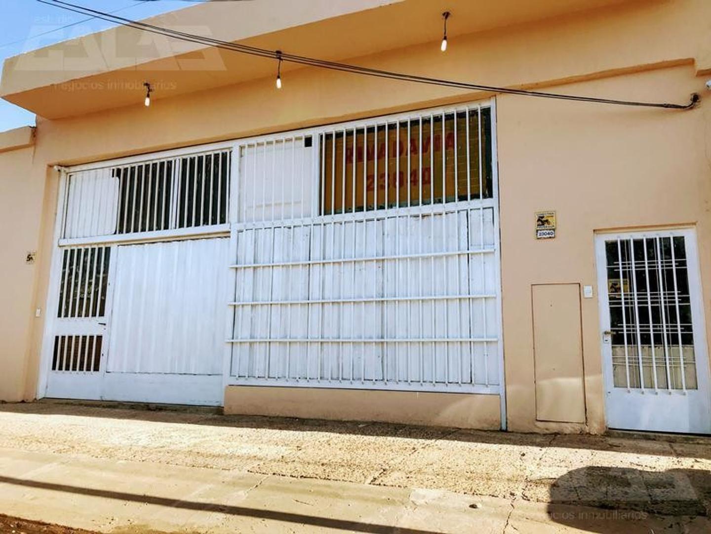 Imponente local de 350m2 sobre Av. Rivadavia a sólo 6 cuadras de la estación de San Antonio de Padua