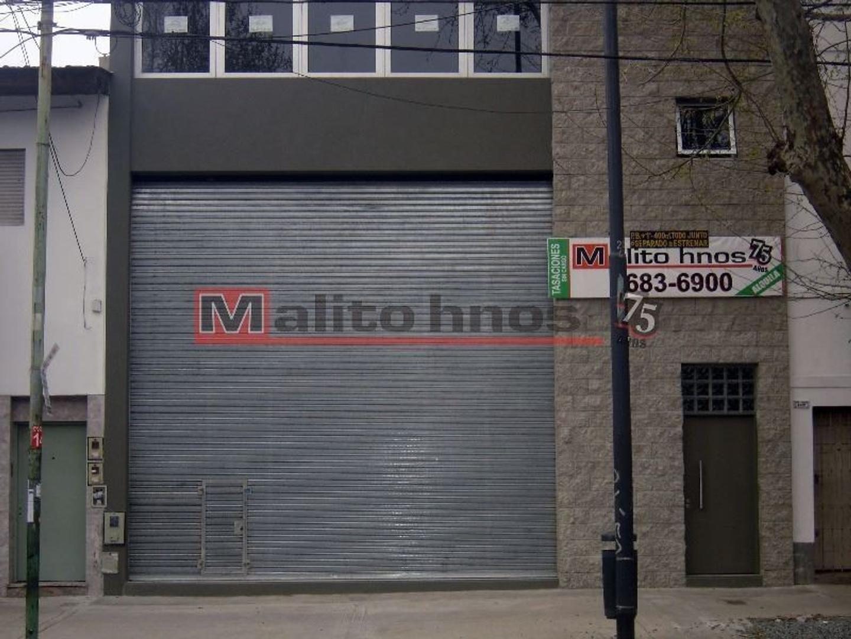 Alquiler Local en 1º Piso con Terraza y Balcón