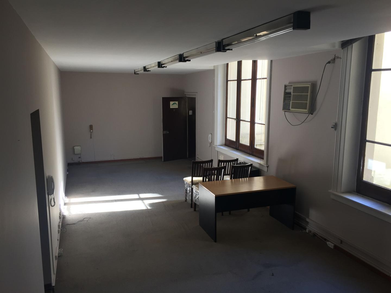 XINTEL(LOU-LOU-220) Oficina - Venta - Argentina, Capital Federal - YRIGOYEN, HIPOLITO 977