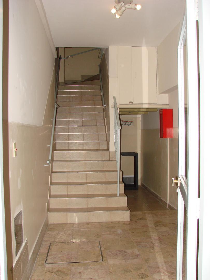 Cnel Charlone 500, Piso tercer piso - 3 ambientes