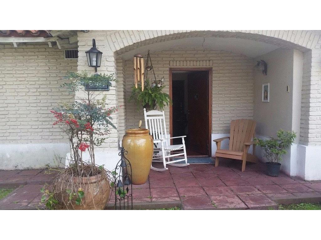 Casa en venta en bv finca 6100 ciudad jardin del palomar for Casas en ciudad jardin