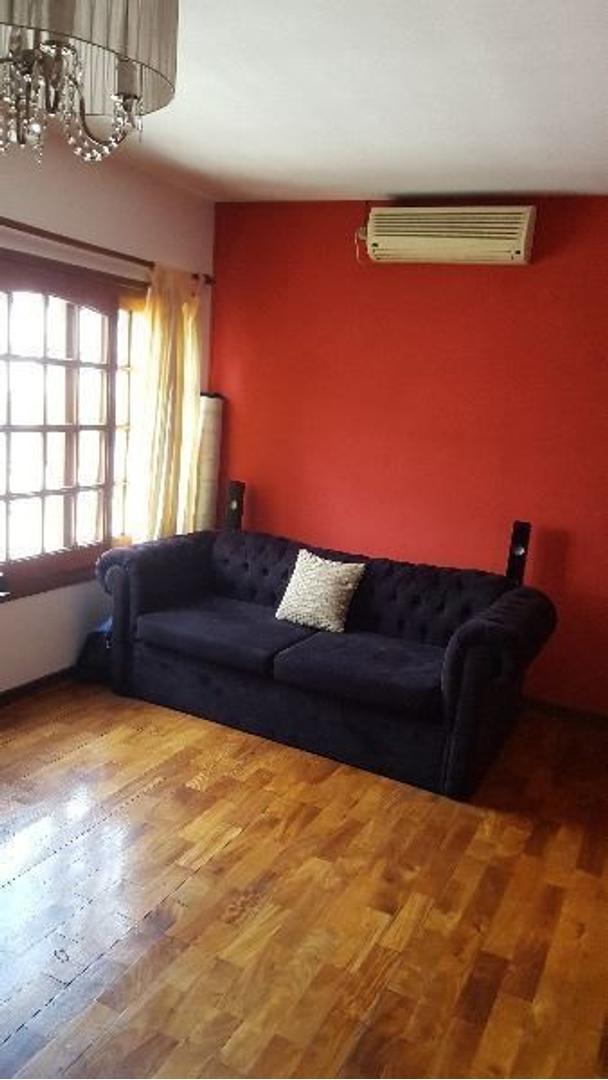 Super Luminoso ! Garage. Terraza. (Depcia/Esc/Dormit).100 m2. Cocina Com Drio + Lavadero Separados
