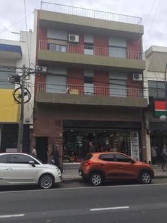DEPARTAMENTO DE 3 AMBIENTES EXCELENTE UBICACIÓN