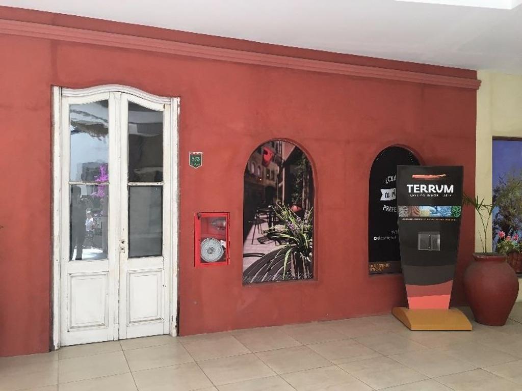 Oportunidad de Local en M. Castex 1200, Plaza Canning