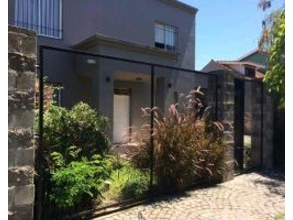 Casa en venta en cdoro c ramirez 2353 jose marmol for Casas en jose marmol